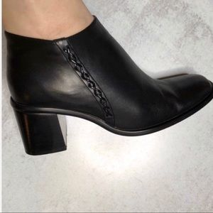 Celine Leather Side Stitch Block Heel Booties 39 9